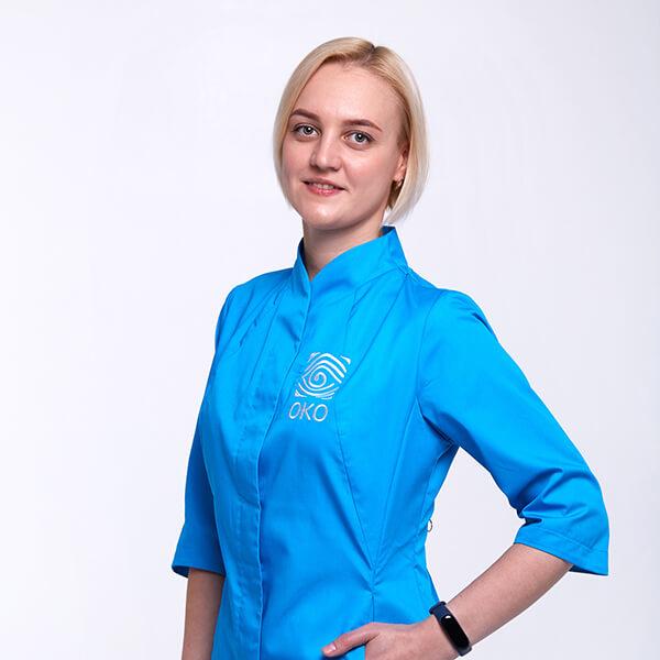 Администратор клиники око Кравцова Ирина Владимировна