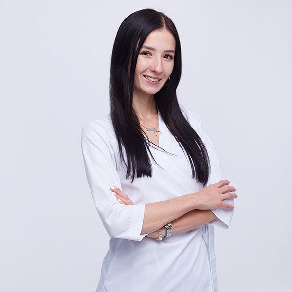 Доктор офтальмолог Лата Алеся Дмитриевна